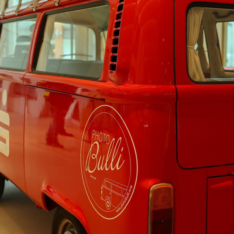 photobulli.nrw | Einweihung | VW Bulli als Dekofahrzeug mieten